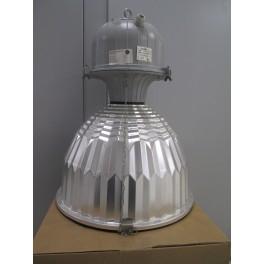 Lampada per illuminazione sospesa industriale usata